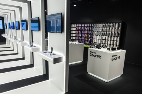 Samsung-pop-up-store-by-Cheil-Germany-Frankfurt-Germany-08